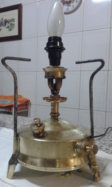 Candeeiro de fogão a petróleo
