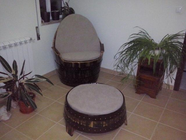 Poltrona e mesa/banco de pipo