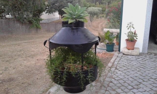 Floreira a partir de antigo pote de azeite