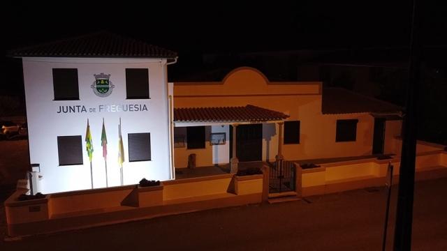Edifício da Junta de freguesia à noite