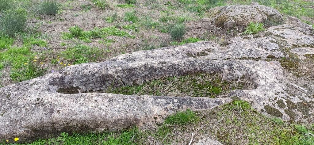 Necrópole do Cumareiro - Sepultura de adulto antropomórfica